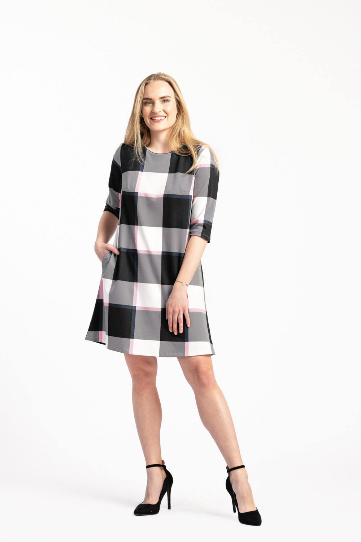 Dámské šaty E